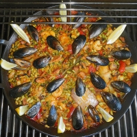 Paella grillen